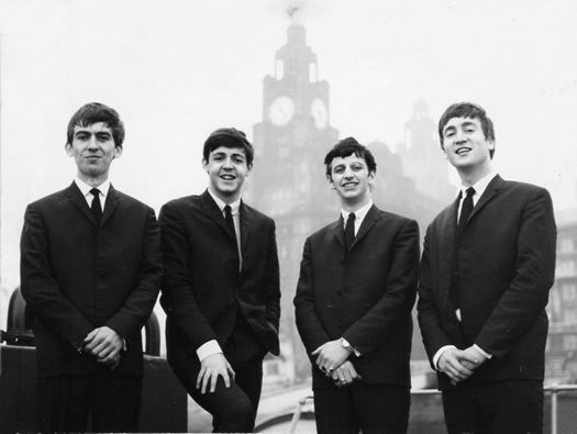 beatles-liver-building-les-chadwick.jpg