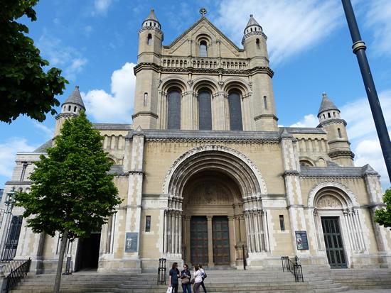belfast-cathedral-03.jpg