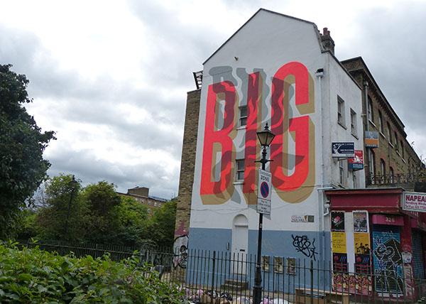 big-smoke-streetart2.jpg