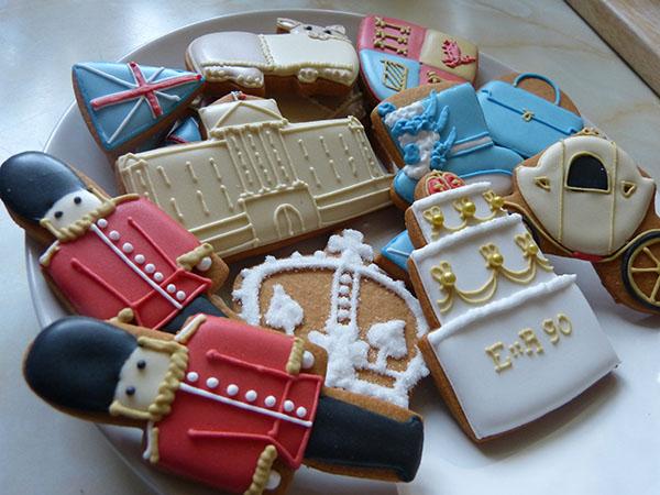 biscuiteers-queen90-06.jpg