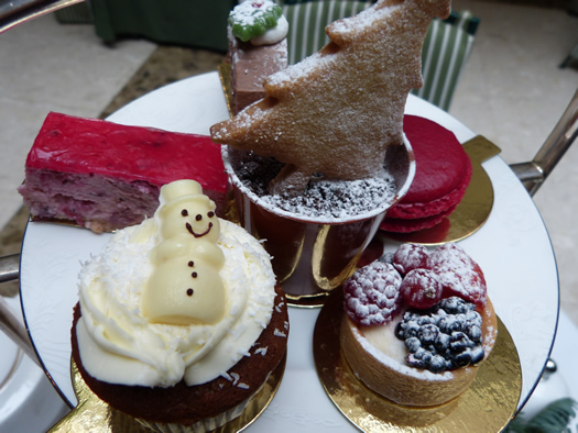 chesterfield-xmastea07.jpg