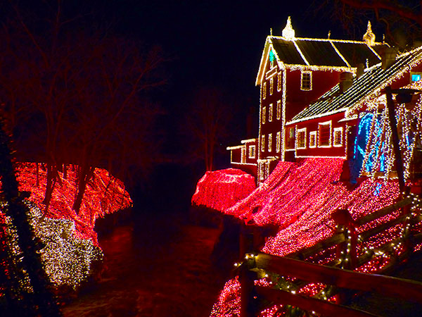Clifton Mill Christmas Lights.Legendary Lights Of Clifton Mill Near Dayton Ohio And Ice