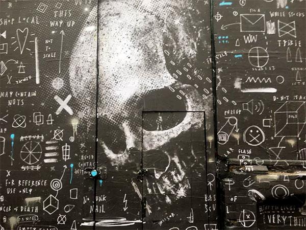 donk-skeletoncardboard2.jpg