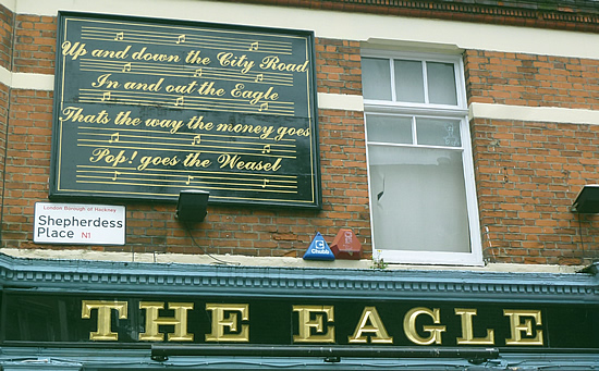 eagle-pub-03.jpg