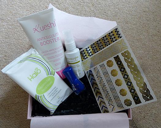 glossbybox-june2015-1.jpg