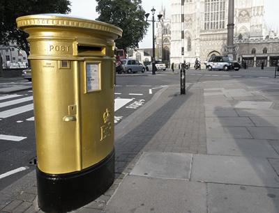 goldpostbox.jpg