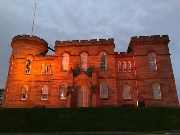 inverness-castle5.jpg