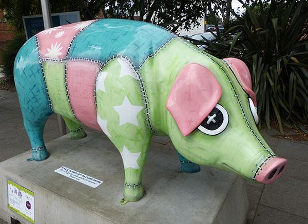 ipswich-pigs08.jpg