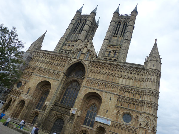 lincoln-cathedral01.jpg