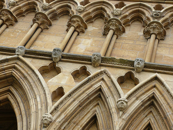 lincoln-cathedral03.jpg