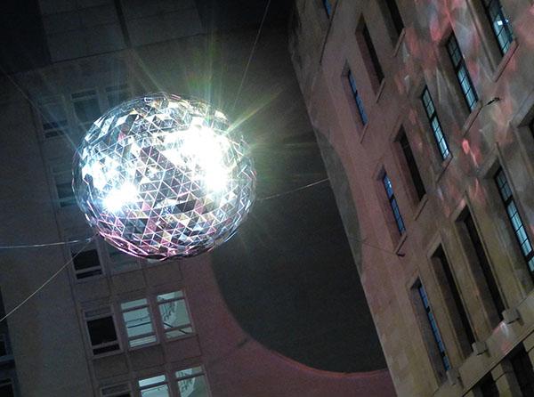 london-lumiere-reflektor.jpg