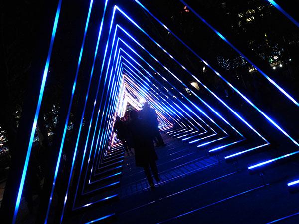 london-lumiere-wave1.jpg