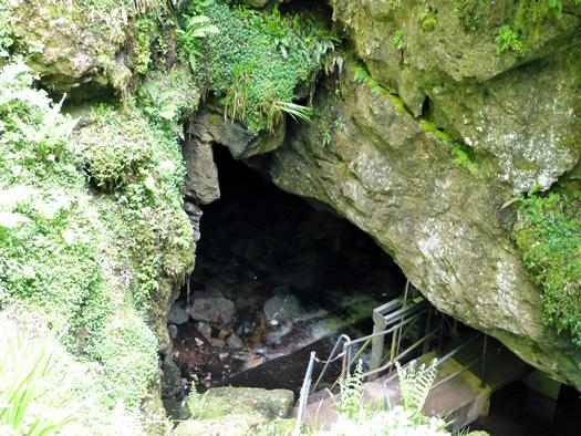 marblearchcaves2.jpg