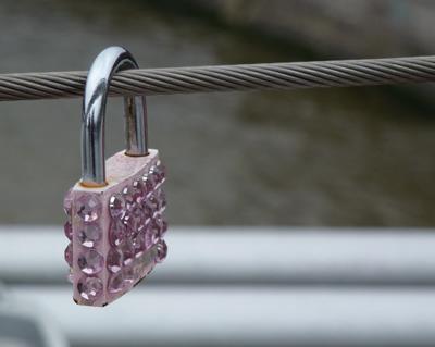 mb-locks1.jpg