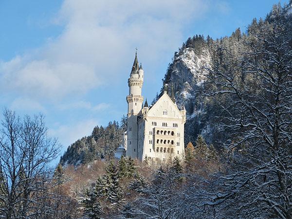 neuschwanstein-castle-03.jpg