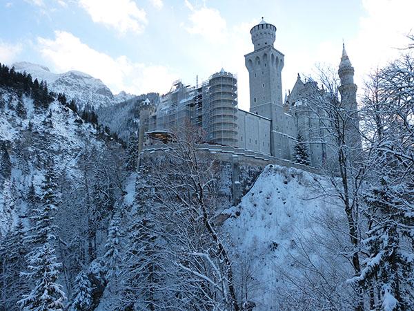neuschwanstein-castle-04.jpg