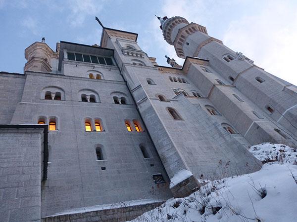 neuschwanstein-castle-07.jpg