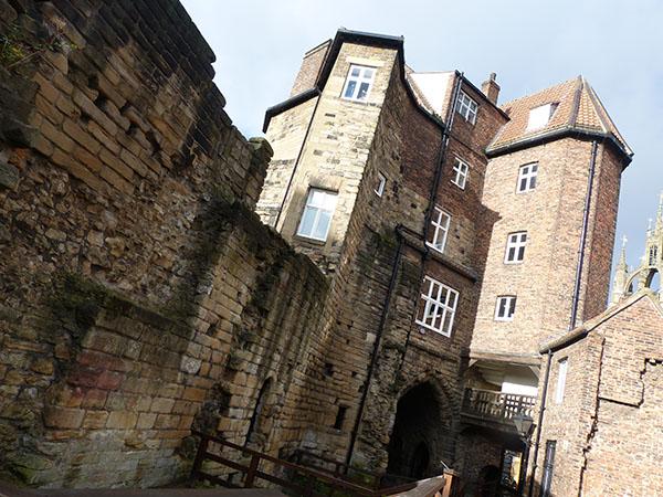 newcastle-castle03.jpg