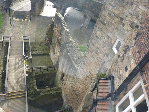 newcastle-castle08.jpg