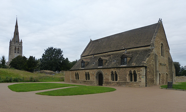 oakham-castle01.jpg