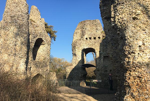 odiham-castle12.jpg