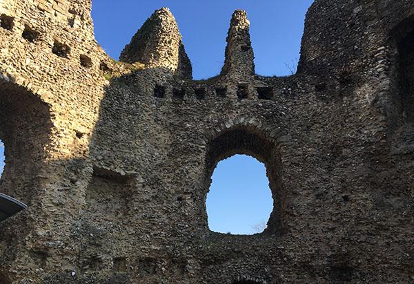 odiham-castle9.jpg