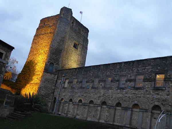 oxford-castle1.jpg