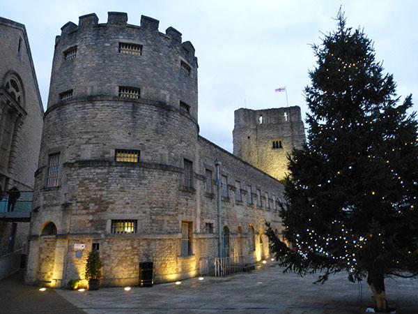 oxford-castle2.jpg