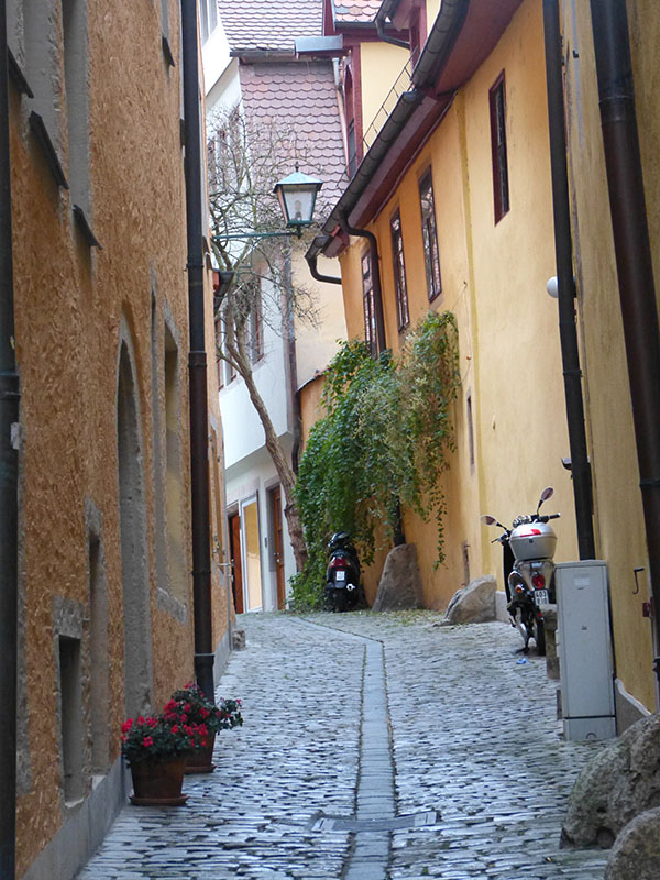 rothenburg-walls-02.jpg
