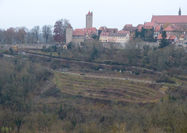 rothenburg-walls-21.jpg