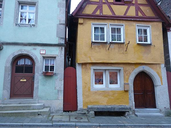 rothenburg-walls-23.jpg