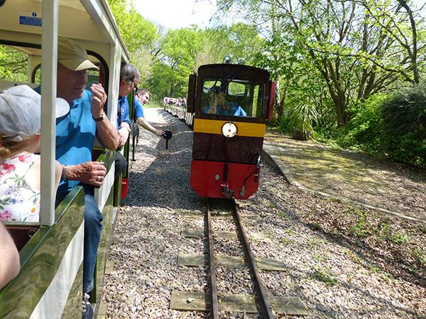 ruislip-lido-railway-06.jpg