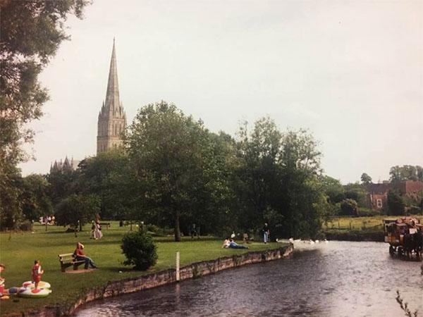 salisbury-2000-1.jpg
