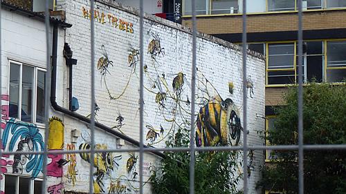 savebees-streetart2.jpg