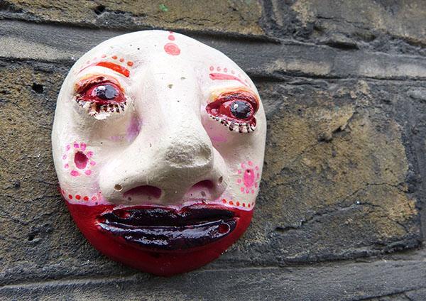 streetart-ceramic-mask1.jpg