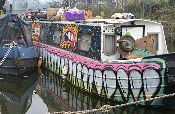 swrrttoofboat.jpg