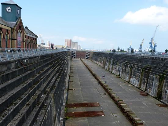 titanic-dry-dock01.jpg