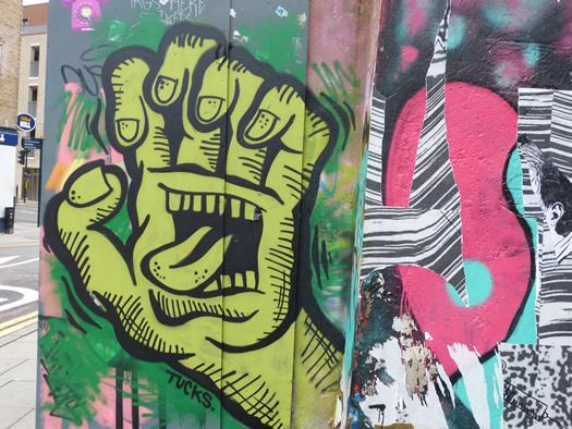 tucks-streetart.jpg