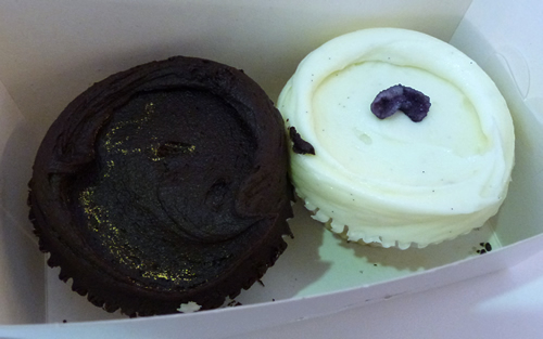 violetcakes3.jpg