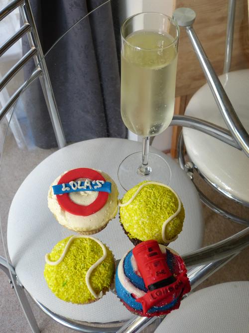 wimbledon-cupcakes02.jpg